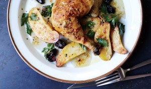 roast-chicken-with-potatoes-and-olives-940x560